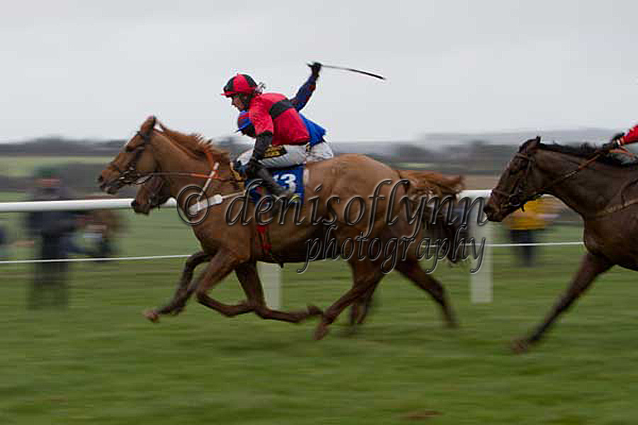 A panning shot of Ballybough Andy in full flow